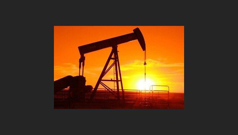 Irāna pārtrauc naftas piegādes Francijai un Lielbritānijai
