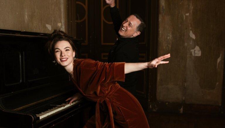 Noklausies! Katrīna Gupalo ar Normundu Rutuli piedāvā dziesmas 'Par pēdējo lapu' remiksu deju zālēm