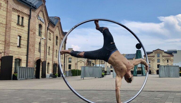 Бесплатно. Рижский цирк запускает игру-ориентирование по центру города