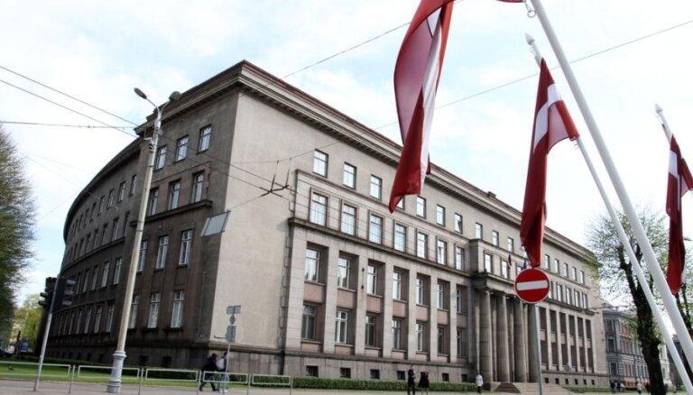 Kritizētās Stambulas konvencijas juridiskās analīzes autore Rudevska strādās TM