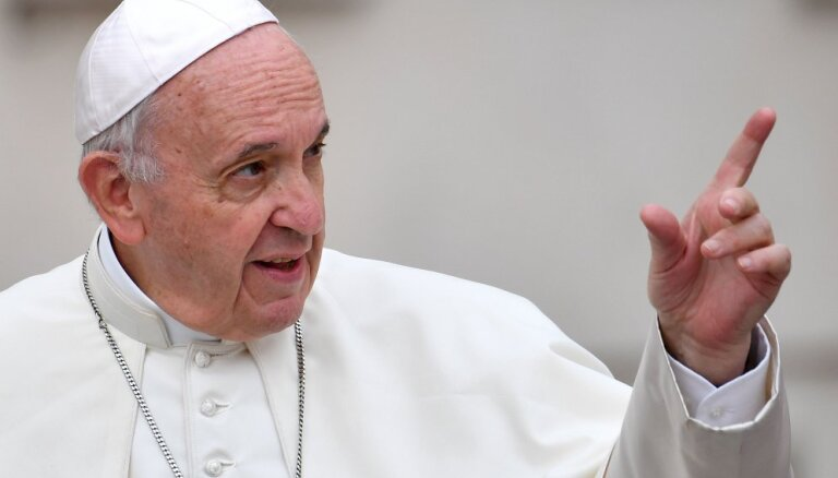 Папа римский выразил обеспокоенность конфликтом в Донбассе