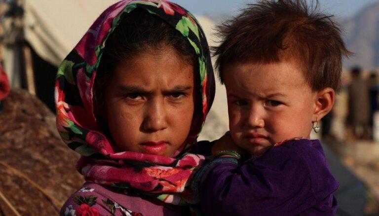 Afganistāna pakļauta vispārējas nabadzības riskam, brīdina ANO