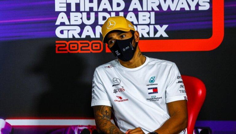 Volfs: 'Mercedes' ir tuvu jaunam līgumam ar Hamiltonu