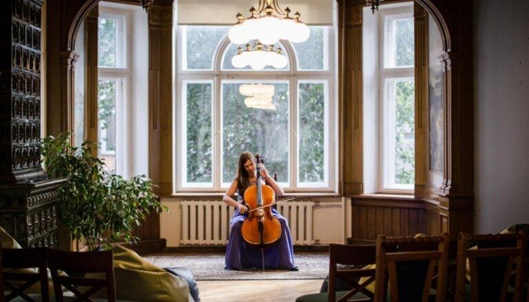 Čella spēle un muzicēšana – veids, kā atgriezties pie sevis