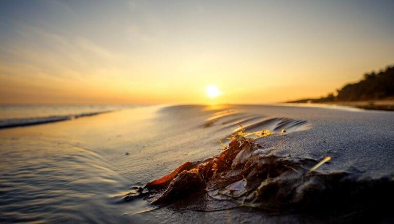 Zelta stundas meklējumos: 10 vietas, kur medīt saullēkta vai saulrieta maģiju