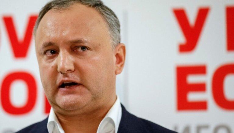 Moldovas prezidenta vēlēšanās vadībā prokremliskais kandidāts