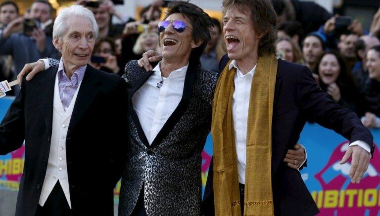 Londonā atklāta grupas 'The Rolling Stones' izstāde 'Exhibitionism'