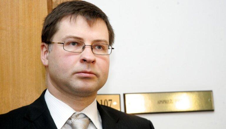 Домбровскис предлагает контейнерный поезд Латвия-Турция