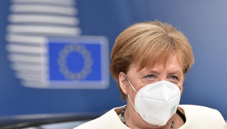 """Меркель предупредила о """"самых тяжелых месяцах"""" пандемии"""