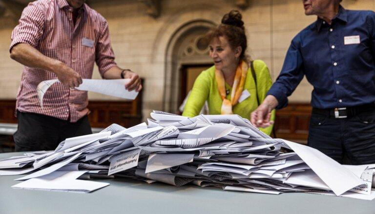 Dānijas parlamenta vēlēšanās uzvarējuši opozīcijas sociāldemokrāti, liecina aptaujas
