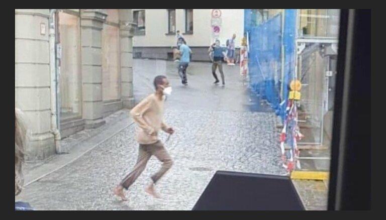Bavārijā ar nazi bruņots uzbrucējs nogalinājis trīs cilvēkus
