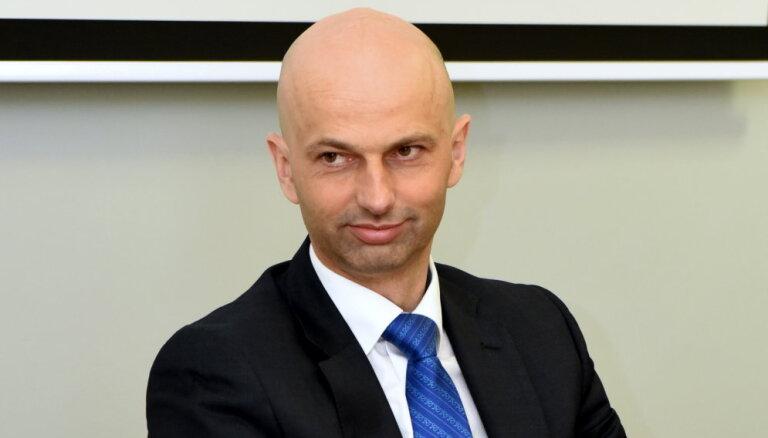 Директор Госканцелярии намерен реформировать Институт Латвии и другие малые госучреждения