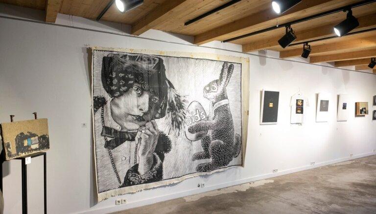 Pagarināta festivāla 'Printmaking In' izstāde 'Nomales intimitāte'
