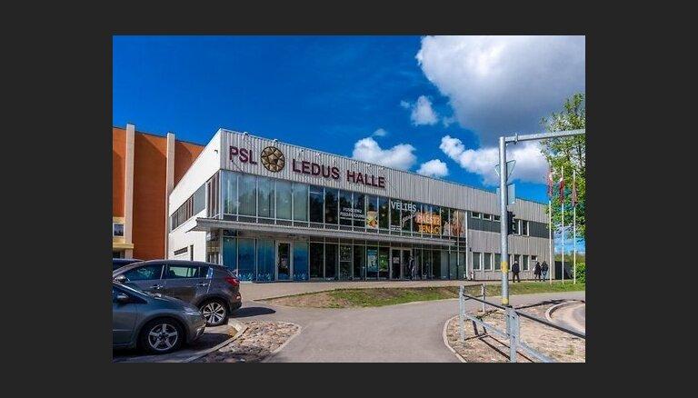 Par vairāk nekā vienu miljonu eiro izsolē pārdod ledus halli pie Sporta akadēmijas