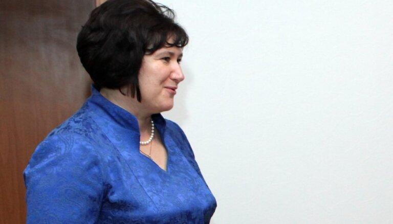 VSAC 'Rīga' bijusī direktore noslēgusi izlīgumu ar ministriju prasībā par viņas atlaišanu