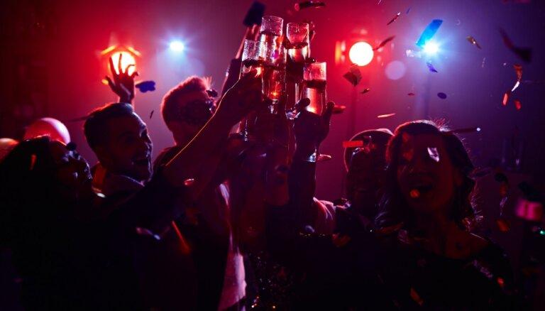 Кто первый заразится, тот и выиграл: американские подростки придумали Covid-лотерею