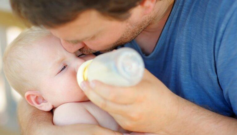 Nākamgad HIV inficētām mātēm apmaksās piena maisījumus zīdaiņiem