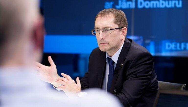 'Delfi TV ar Jāni Domburu' atbild satiksmes ministrs Tālis Linkaits. Pilns ieraksts