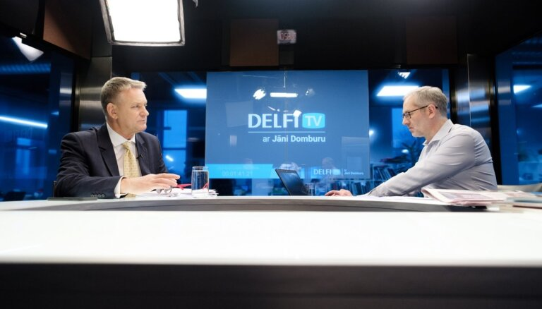 'Delfi TV ar Jāni Domburu' atbild Nauris Puntulis. Sarunas teksts