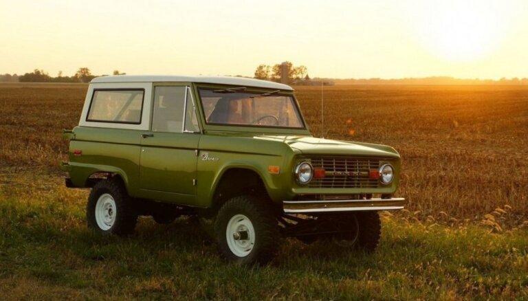 'Ford' atļāvis restaurācijas darbnīcai ražošanā atjaunot 60. gadu 'Bronco' modeli