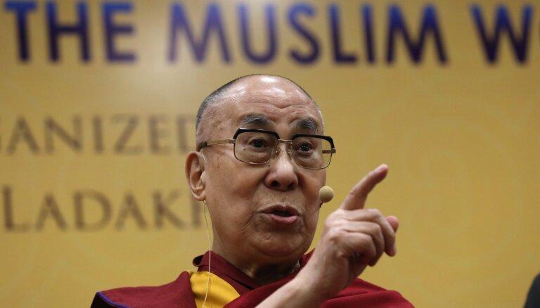 Trampam nav morāla principa, norāda Dalailama