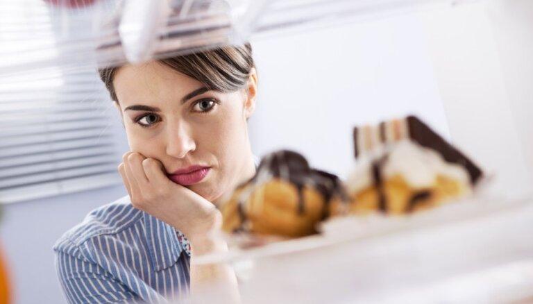 Ēdiens komfortam un emociju slāpēšanai – kā ar to cīnīties