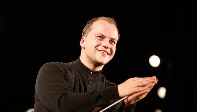 Atvars Lakstīgala pēdējo reizi uzstāsies LSO galvenā diriģenta godā