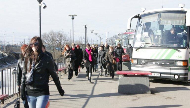Piešķir sešus miljonus eiro sabiedriskā transporta pakalpojumu sniedzēju zaudējumu kompensēšanai