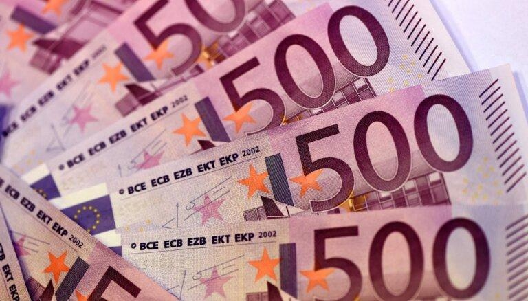 Kredītu sērga: no Latvijas iedzīvotājiem parādos piedzen miljardiem eiro