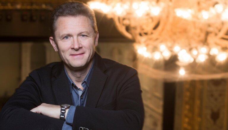 Mazajā Mežotnes pilī izskanēs koncerts 'Egils Siliņš, Zanda Švēde un Zilberti'