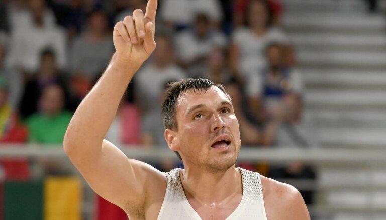 Karjeru noslēdz titulētais Lietuvas basketbolists Mačulis