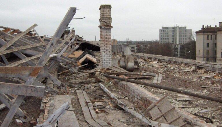 Хаос и пол-страны без связи. 15 лет назад Латвия пережила третью по разрушительной силе бурю в своей истории