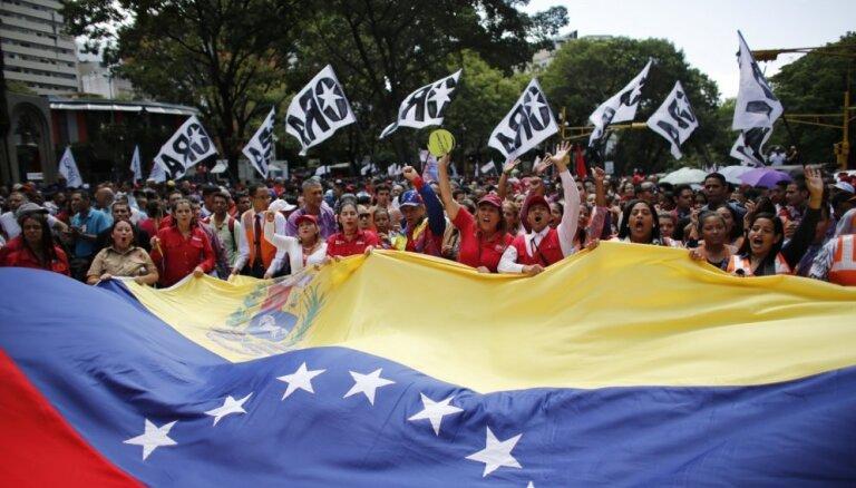 Venecuēla apsūdz ANO mēģinājumā attaisnot potenciālu intervenci