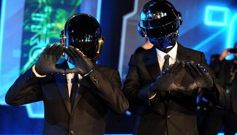 Izjucis leģendārais elektroniskās mūzikas duets 'Daft Punk'
