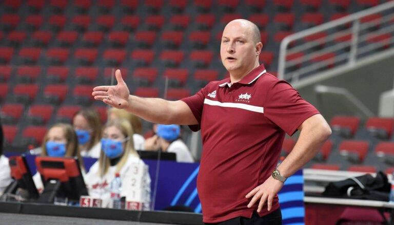 Štelmahers neturpinās darbu Latvijas izlases galvenā trenera amatā