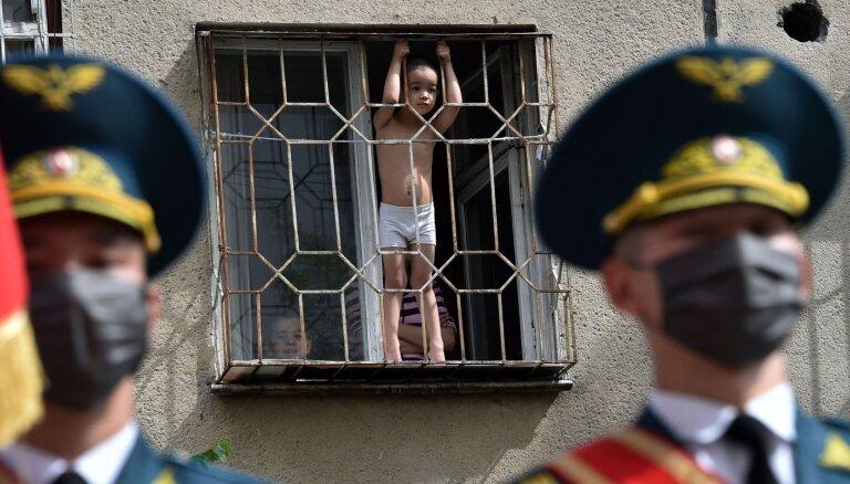 Kirgizstānā vēlas apspiest neatkarīgu NVO darbību, ziņo portāls