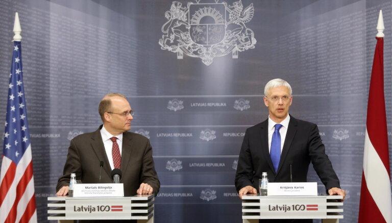 """США поддерживает решение Кариньша провести """"капитальный ремонт"""" финансового сектора Латвии"""