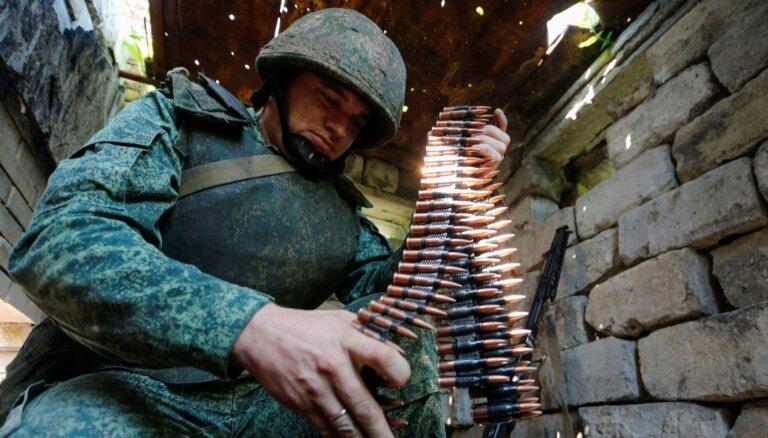 Ukraina apsūdz Krieviju par centieniem palielināt militāro atbalstu kaujiniekiem Donbasā