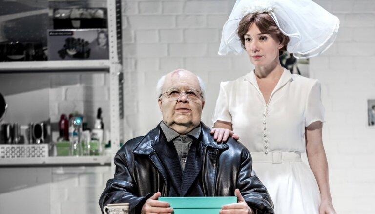 Foto: Maskavas Nāciju teātrī pirmizrādi piedzīvos Alvja Hermaņa 'Gorbačovs'