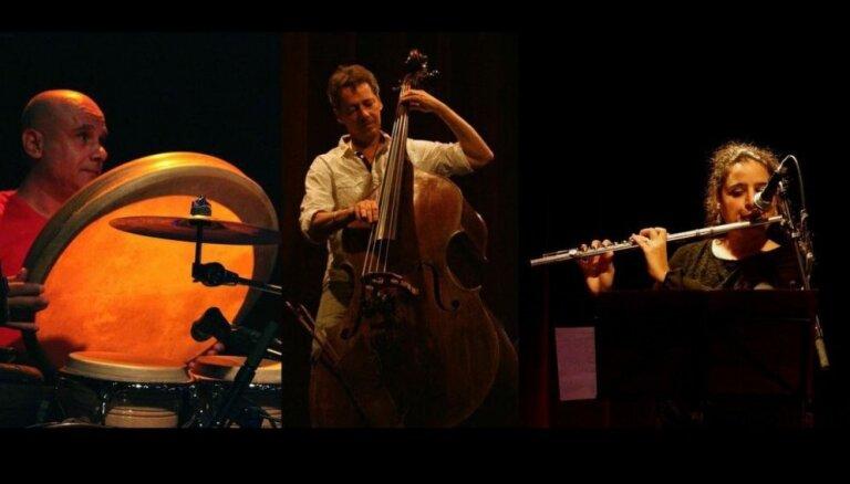 Vidzemes koncertzālē muzicēs grupa 'Jasmim trio' no Francijas