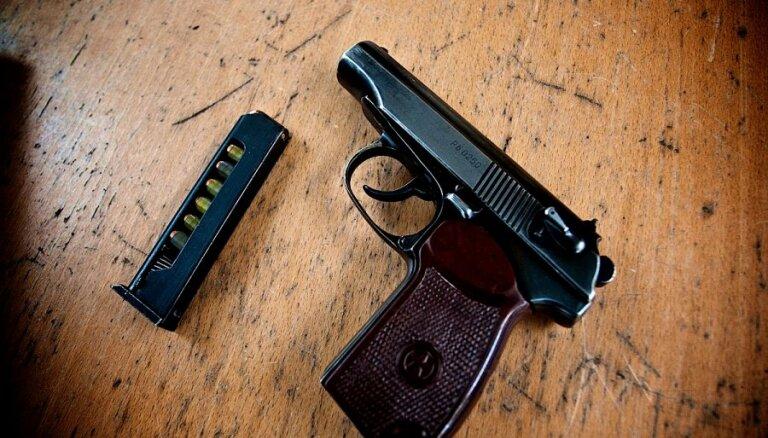 Igaunija stiprina Ukrainas aizsardzību ar 2400 pistolēm 'Makarov'