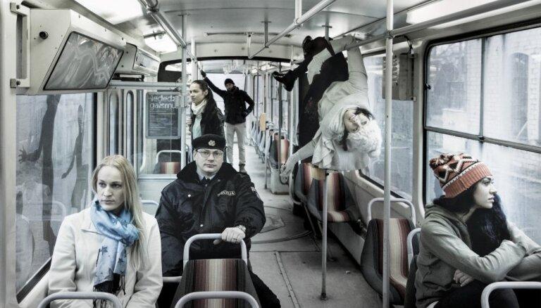 Gaļina Poliščuka atgriežas Liepājā ar izrādi – realitāti 'Mūsu pilsētiņa'