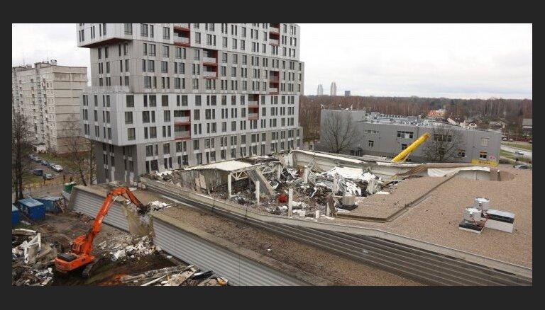 Рига просит снести жилую новостройку на месте трагедии в Золитуде