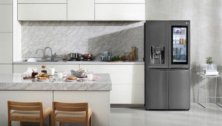 Sadzīves tehnika tumšos toņos – stilistes ieteikumi virtuves interjera papildināšanai