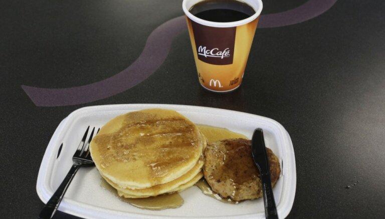 'McDonald's' 24 stundu brokastu piedāvājums ir katastrofa, vērtē darbinieki