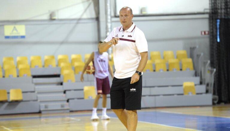 Foto: Latvijas basketbola izlases jaunā ēra Štelmahera vadībā