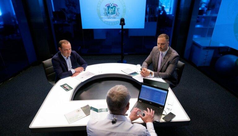 500 vai 900 tūkstoši, UEFA vai VARAM nauda – Ļašenko un Ģirģens strīdas par piepūšamajām futbola hallēm