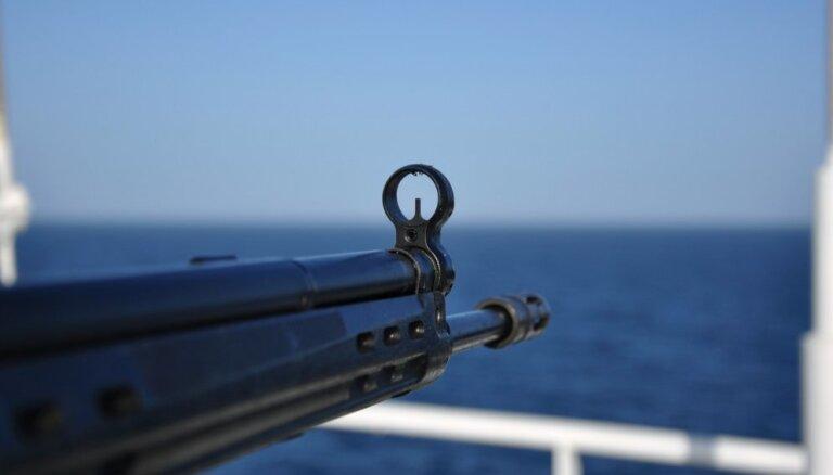 Rietumāfrikas piekrastē pirāti sagūstījuši sešus Krievijas jūrniekus