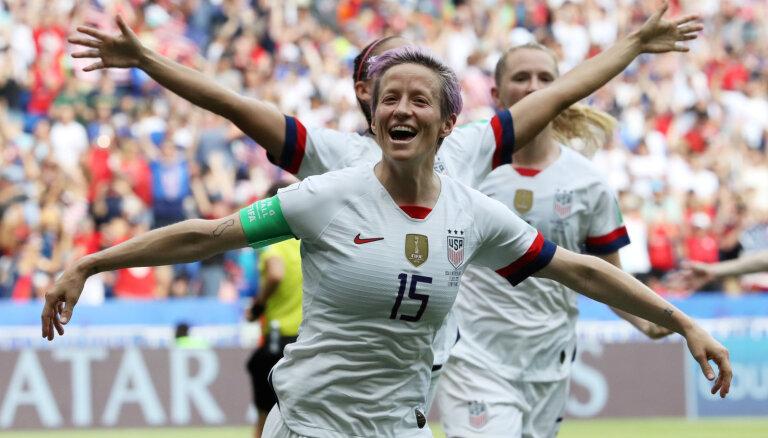Женская сборная США в четвертый раз выиграла чемпионат мира по футболу