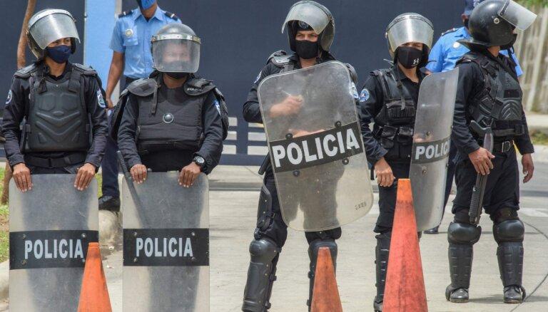 Nikaragvā vajā prezidenta politiskos oponentus